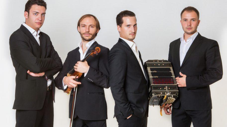 Solo Tango Orquesta @ EMBRACE